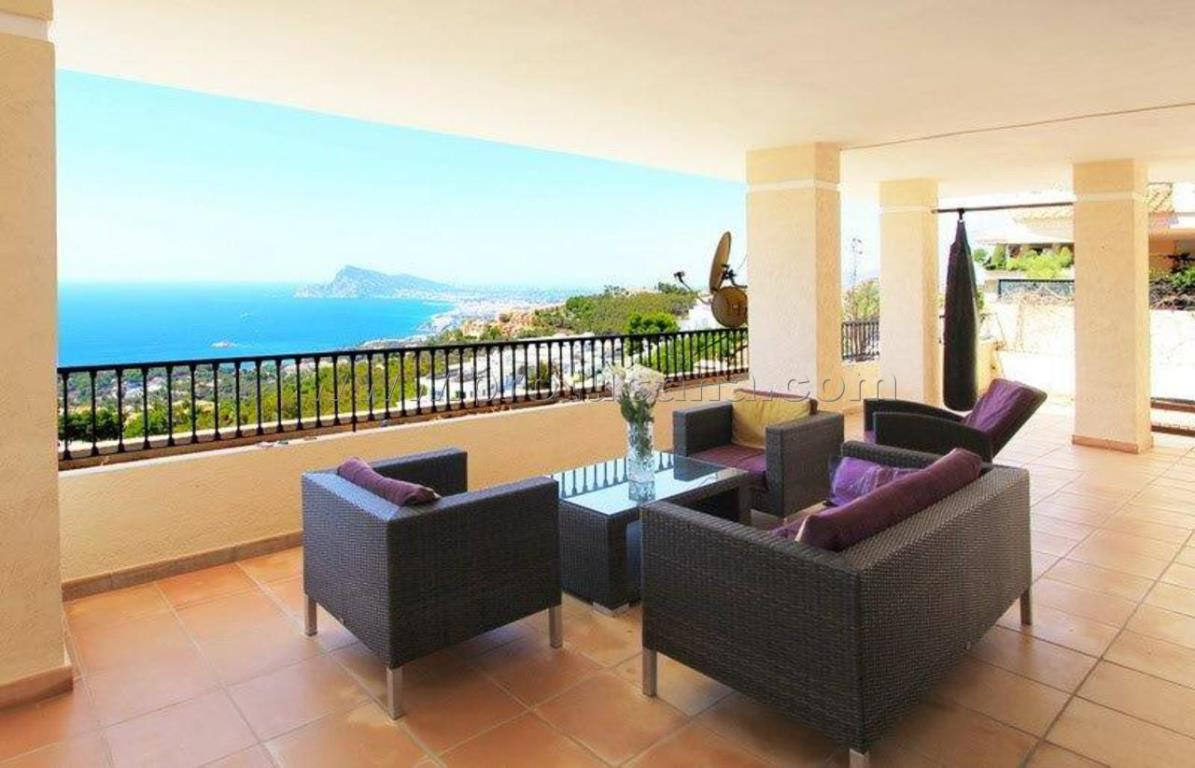 Real Estate huizen en flats in ALTEA
